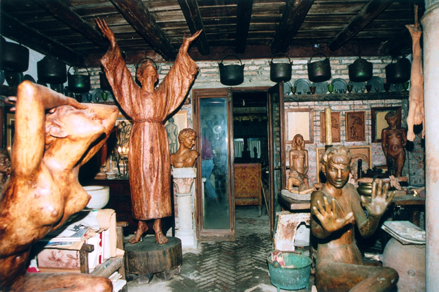 interno della casa studio di Remigio Barbaro