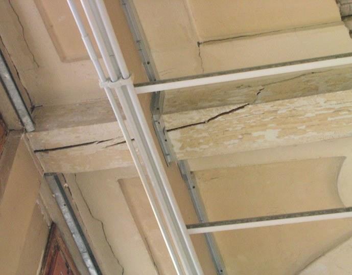 la struttura del sistema parete vetrata-solaio