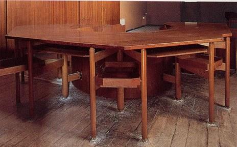 tavolo e pedana (1)