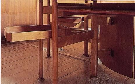 tavolo e pedana (2)