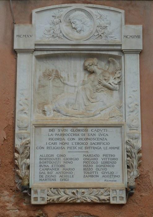 Chiesa di San Luca, lapide